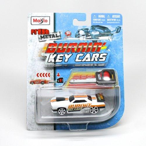 Maisto * Burnin' Key Cars * Fresh Metal Car with Classic Key Launcher Assortment (One Vehicle Randomly (Fresh Metal)