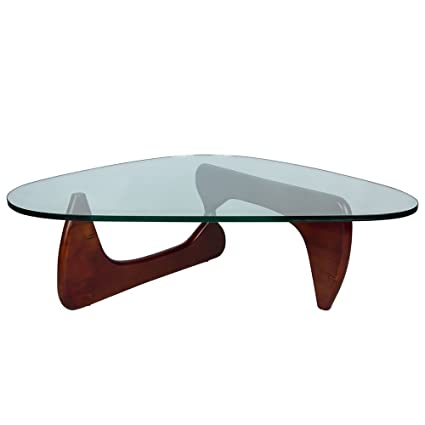 amazon com leisuremod imperial triangle coffee table with cherry