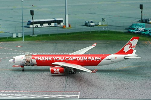 air-asia-x-airbus-a330-300-thank-you-captain-park-hs-xtc-1400-ph4xax1449