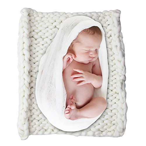 ICOSY Newborn Photography Blanket, Knit Baby Photo Rug Baby Photo Props Shoots Basket Filler Backdrop Chunky Yarn Basket Filler Photo Studio Posing Props (20