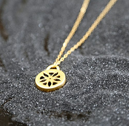 handmade-designer-long-gold-necklace-flower-pandet