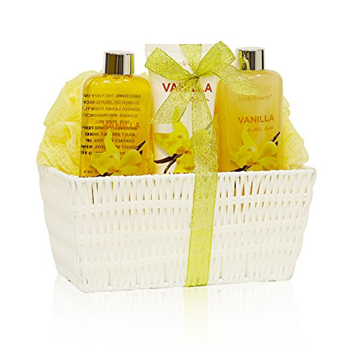 Bath Spa Basket Gift Set, Body&Earth Luxurious 5 Piece Bath and Body Set-French Vinalla Scented Home Spa Basket Contains Body Wash, Bubble Bath, Body Lotion and Bath Sponges, Best Gift Set for Women -