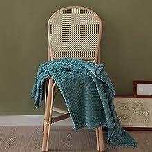 "Simple&Opulence Luxury Flannel Fleece Home Furnishing Throw Blanket (Teal, 50""x70"")"