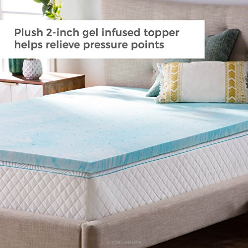 Gel mattress topper for cooling