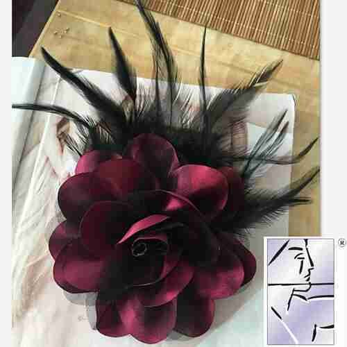 (Large version feather corsage flower brooch pin men and women high-grade fabric flower corsage shoulder presided over opening performance accessories headdress)