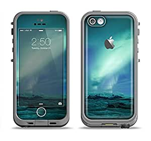 The Glowing Northern Lights Apple iPhone 5c LifeProof Fre Case Skin Set (Skin Only)