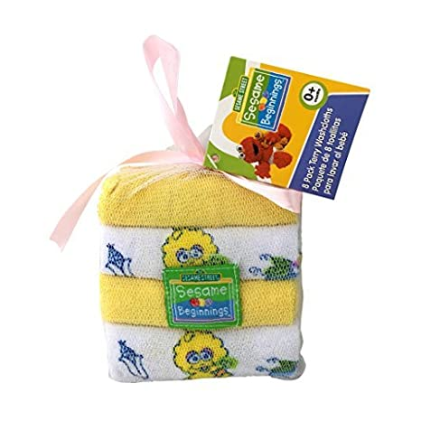Amazon.com : SESAME STREET Newborn Gift Basket For Boys/Girls/Unisex Children (0-6 Months), 23 Piece Bundle Filled Baby Gift Basket, Perfect Ideas For ...