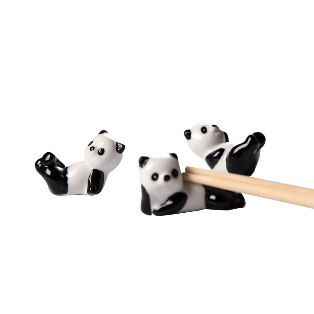 3xToruiwa Ceramic Chopsticks Rest White Panda Pattern Chopsticks Stand Rack Porcelain Spoon Fork Tableware Holder Rack Ceramic Craft Ornaments for Home Decoration Random Style 5.5 * 2.5 * 2cm