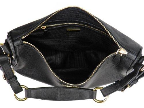 Prada Black Leather Vitello Daino Shoulder Bag BR3871  Handbags  Amazon.com a68538e44b60e