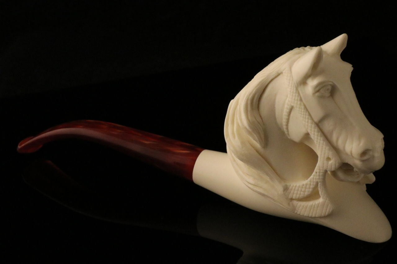 Horse by Servi - Meerschaum Pipe - Hand Carved from the Best Quality BLOCK Meerschaum - Comes in a CASE - NEW