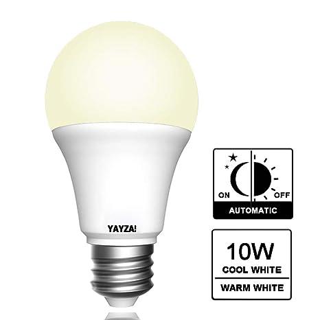 YAYZA! 2-Paquete E27 ES Rosca Edison 10W Seguridad Toda la Noche LED A60 Bombilla Globo Sensor Fotocélula Integrado 1000lm Equivalente Incandescente ...