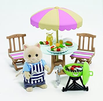 Flair 4869 Sylvanian Families - Set de jardín y Barbacoa para muñecas (Potencia la imaginación, no Necesita Pilas, Importado de Reino Unido): Amazon.es: Juguetes y juegos