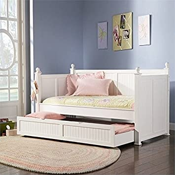 check out b6fc4 fa22f Amazon.com: BOWERY HILL Twin Wood Daybed with Trundle in ...
