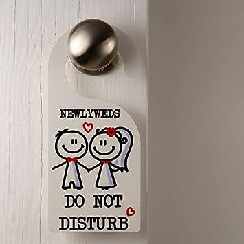 Amazon.com: Parejas colgador de puerta no molestar rojo ...