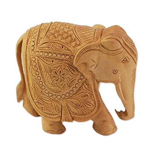 (NOVICA Hand Carved Natural Kadam Wood Animal Sculpture from India 'Majestic)
