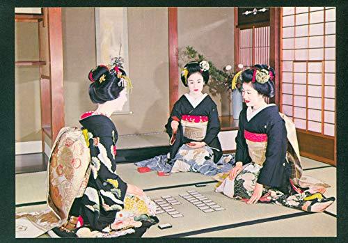Maiko Japanese Girls Playing Cards Karuta Kyoto Japan Beautiful Pretty Lady Postcard