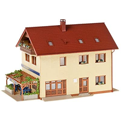 Faller 130489 Butcher/Baker HO Scale Building Kit: Toys & Games