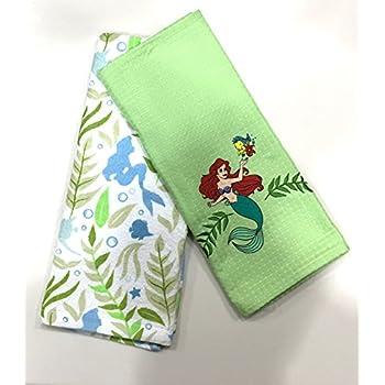 Amazon.com: Disney Parks Winnie the Pooh Dish Towel Set: Home ...