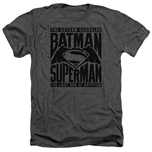 Batman vs. Superman- Title Fight T-Shirt Size -