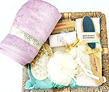 Amazoncom Essential Design Bath Accessories Gift Set In A Wicker
