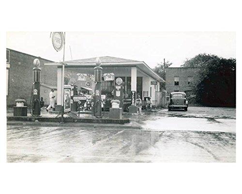 1941 Pure Oil Gas Station Photo Clio South Carolina Gas Globe Tiolene from AutoLit