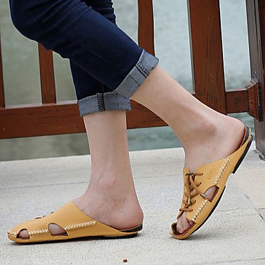 Sandalias de verano zapatos de hombre / Exterior / atléticos casual Zapatillas de cuero marrón / Amarillo / Blanco Negro