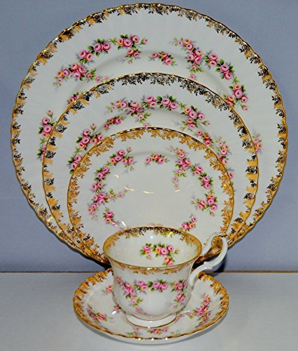 4 Setting Place Piece Rose (ROYAL ALBERT DIMITY ROSE 20 PIECE PLACE SETTING (SERVICE FOR 4. RETIRED))