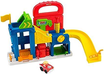 Amazon Com Fisher Price Little People Wheelies Garage Toys Games