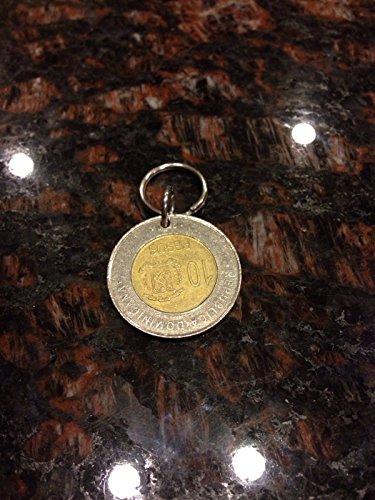 Dominican republic 10 pesos bi metal coin keychain (Dominican Republic Coins)