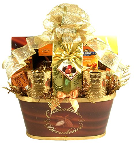 the-midas-touch-golden-holiday-gift-basket