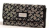 Tommy Hilfiger Women's Wallet-BLACK (Clutch Purse Checkbook)