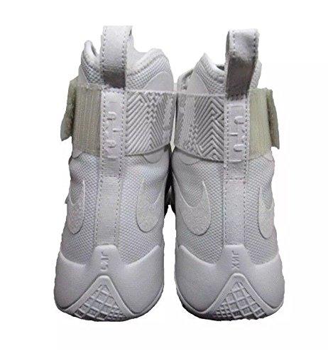 Nike Herren Lebron Soldier 10 Basketballschuhe Leichter Knochen / Leichter Knochen
