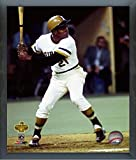 """Roberto Clemente Pittsburgh Pirates MLB Photo (Size: 12"""" x 15"""") Framed"""