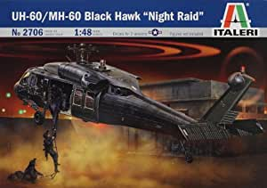 """Italeri 2705S UH 60A Black Hawk """"Night Raid"""" - Maqueta de helicóptero (escala 1:48) [importado de Alemania]"""