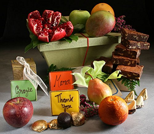Thank You Fruit Gift Basket Made to Order by Manhattan Fruitier with 7 seasonal Fresh Fruit, 6 Walnut Brownies, 10 Pieces of Chocolates, and 3 Handwritten Thank You Cookies