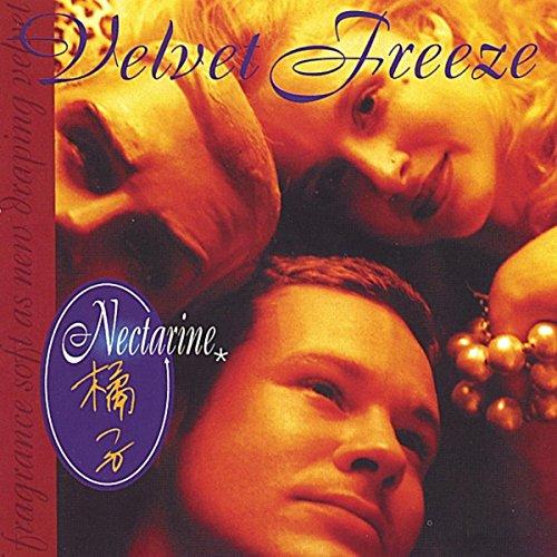 nectarine-fragrance-soft-as-new-draping-velvet