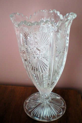 - Pressed Glass ?Thistle Pattern ?Vase or ?Celery 6