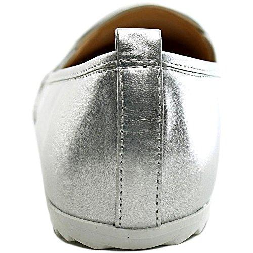 Bar Iii Opals Para Mujer Zapatos Cerrados Para Barcos Con Puntera Plateada