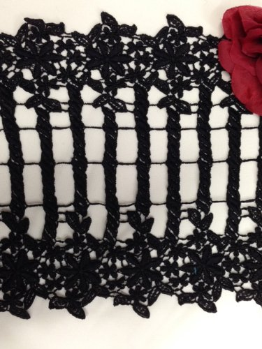 (15 Yards, Bohemian Venise Fence and Flower Design, Black, 11 Inches Wide,)