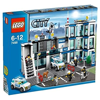 LEGO Police Station 7498 (Discontinued by manufacturer): Toys & Games