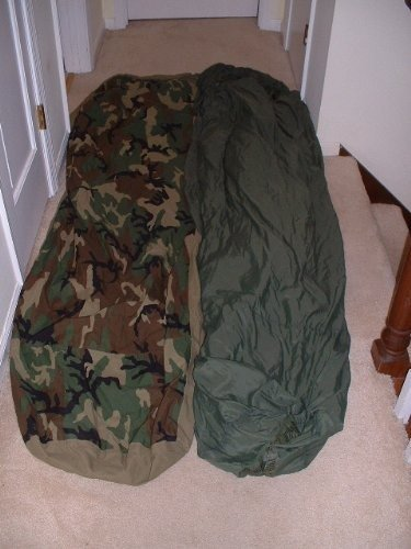 Modular Sleep System (US Military Warm Weather Sleep System: Patrol Sleeping Bag and Water Resistant Bivy Cover)