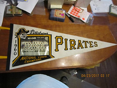Team Photo Pennant - 1960 Pittsburgh Pirates Team Photo Pennant National League Champions white