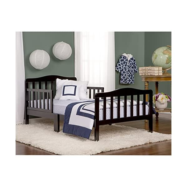 Dream On Me Classic Toddler Bed 2