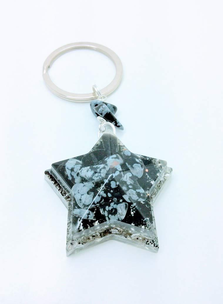 Llavero orgonita en forma de estrella de 5 puntas con obsidiana nevada