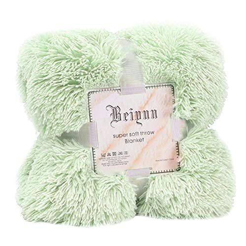 vmree Double-Sided Plush Throw Blanket Large Soft Warm Faux Fur Couch Cover Sofa Double King Bed Blanket (Green, 51.2 × 63.0 inches)