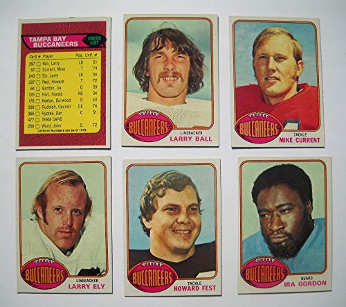 (1976 Topps Tampa Bay Buccaneers Bucs Team Set (11 Cards) Near Mint)