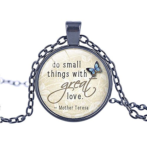 FM FM42 Black-tone Saying of Mother Teresa Round Pendant Necklace with 26