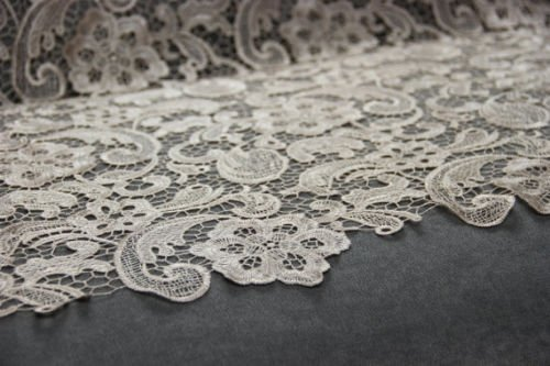 Champagne Lace Bridal Shop (sample only! guipure lace bridal/wedding lace fabric (G16 Light Champagne))