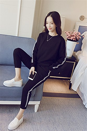 86875ca2cf518 Amazon.com : Sports suit female 2018 autumn new Korean charming style  fashion sweater sportswear casual two-piece for women girl : Beauty
