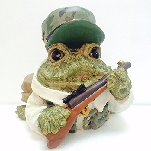 Homestyles Toad Hollow #95373 Figurine Hunter with Gun Dressed in Camo Garden Statue Toad Large 8.5